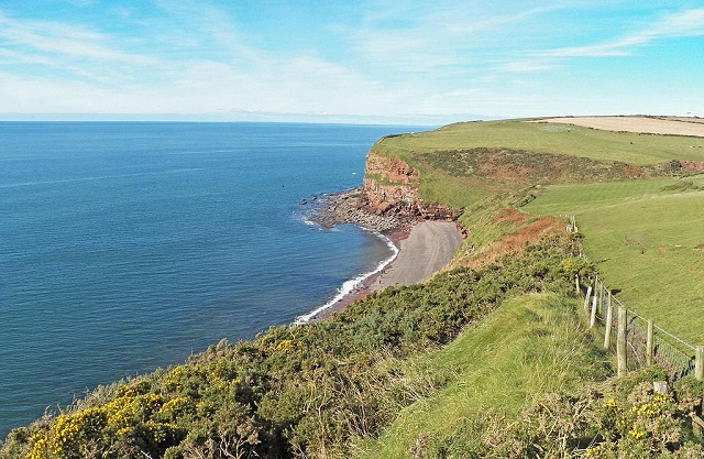 Fleswick_bay_from_the_St_Bees_path